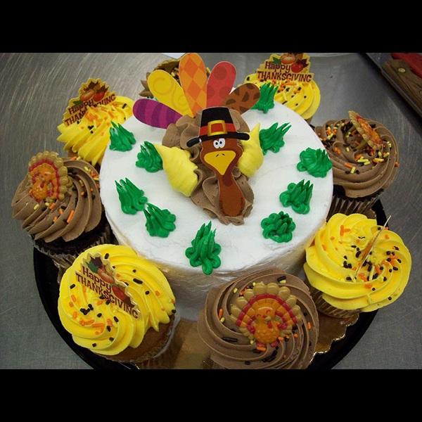 sldr-bakery-thanksgivingcake9